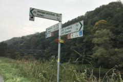 Abzweig des Weges zur Kläranlage vom Lahntalradweg