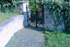 Zugang Johanneskapelle vom ehem. Kirchberg